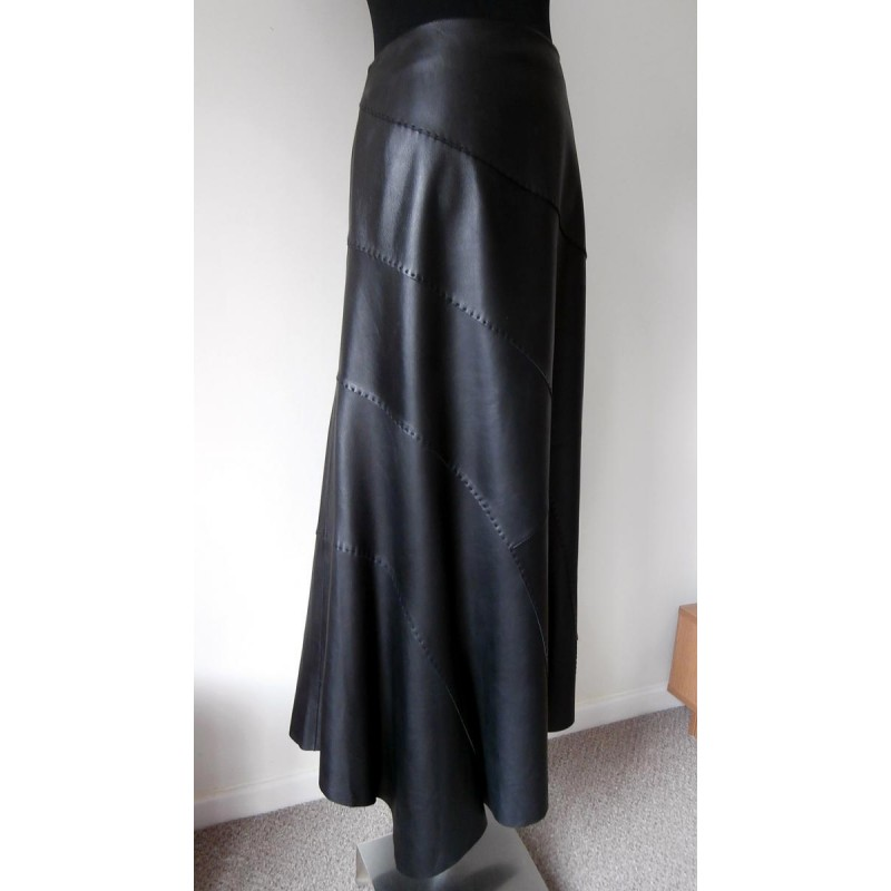 oska fabulous soft leather skirt great detail and