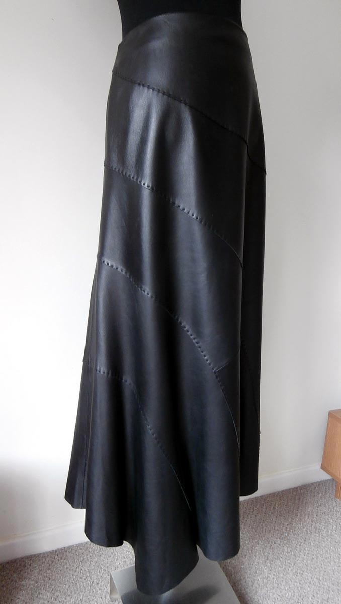 Oska Fabulous Super Soft Leather Skirt Great Detail and Excellent