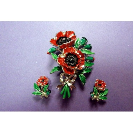 Exquisite Vintage Pair of Poppy Earrings Birthday Month Series