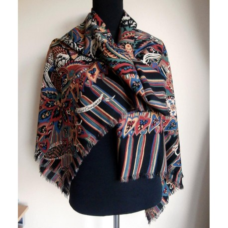 Collier campbell scarf