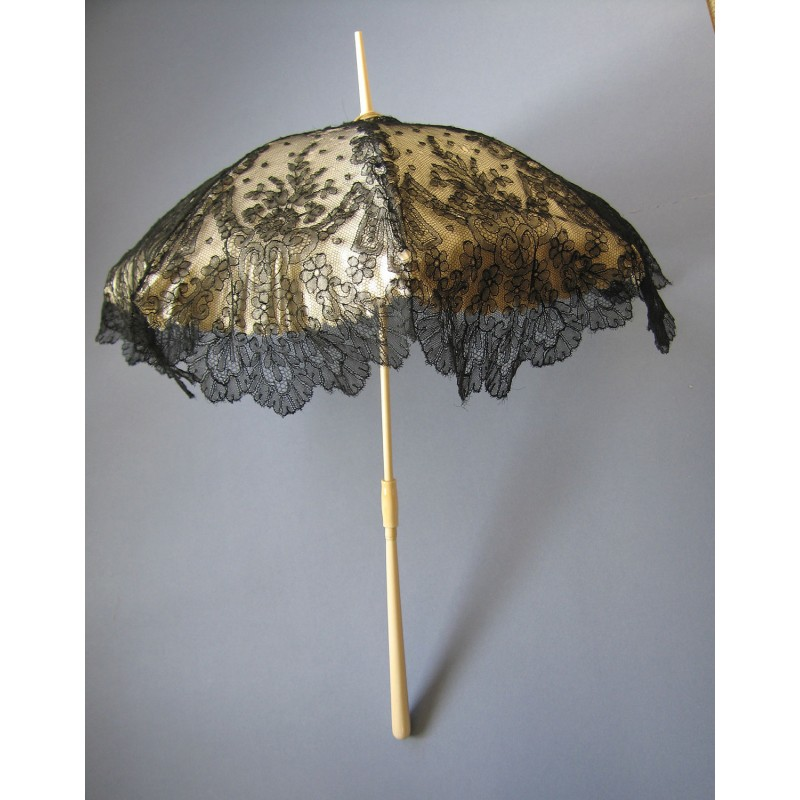 Fine Antique French Black Chantilly Hand Made Lace Parasol Approx C 1860