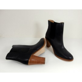 A.P.C Rue Madame Paris - Leather Ankle Boots - Brand New
