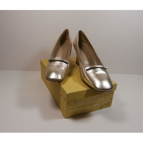 Bruno Magli Leather Subtle Silver Diamante Vintage Shoes