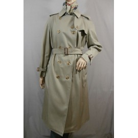 Burberrys Iconic Classic Belted Trench Coat - Ex Condition