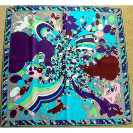 Jane Carr, Absolutely Gorgeous Top Quality Silk Scarf, Printed by Beckford Silk.