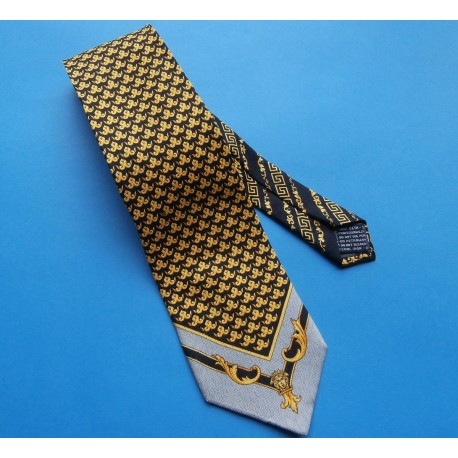 Gianni Versace Classic Smart & Stylish Vintage Silk Tie
