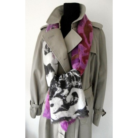 Burberrys Iconic Classic Vintage Trench Coat