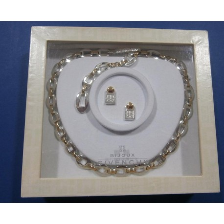 Bijoux Givenchy Vintage Necklace & Earrings In original Box